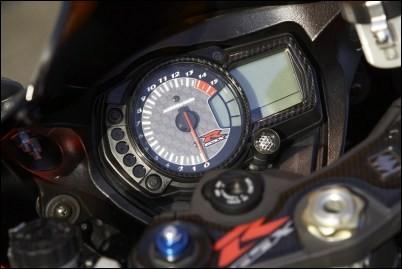 Cockpit Dekor, Carbon Optik für Suzuki GSX-R1000 BJ. 2005 - 2006/ 2007-2008/ GSX-R750 BJ. 2006-2007/