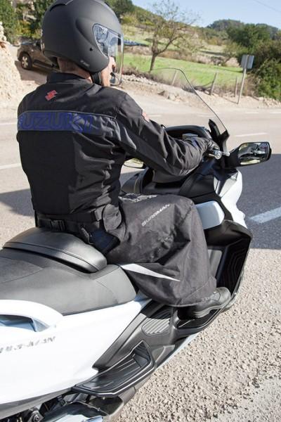 Wetterschutz für den Fahrer für Suzuki Burgman AN650 BJ. 2013-2017/ Burgman AN650 BJ. 2007-2012/ Bur