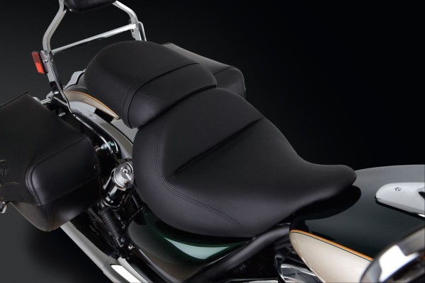 Fahrer-Gelsitz glatt VN1700 Classic 2014 Original Kawasaki